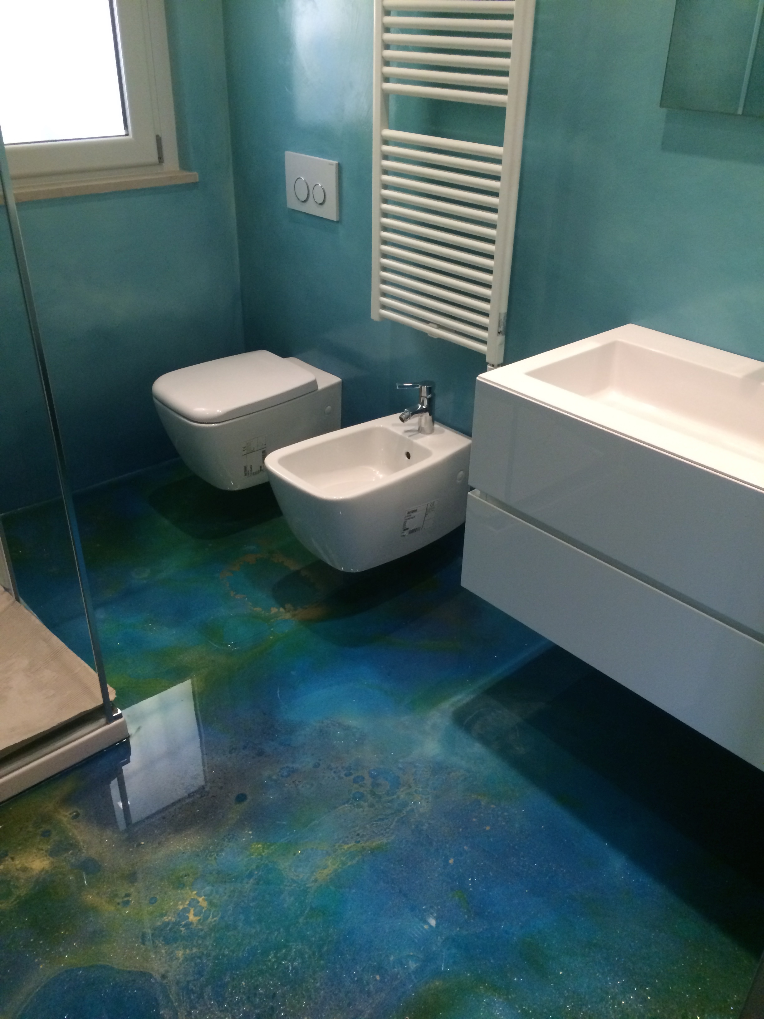 Pavimenti in resina immagini best abitazioni with pavimenti in resina immagini fabulous - Pavimenti bagno in resina ...